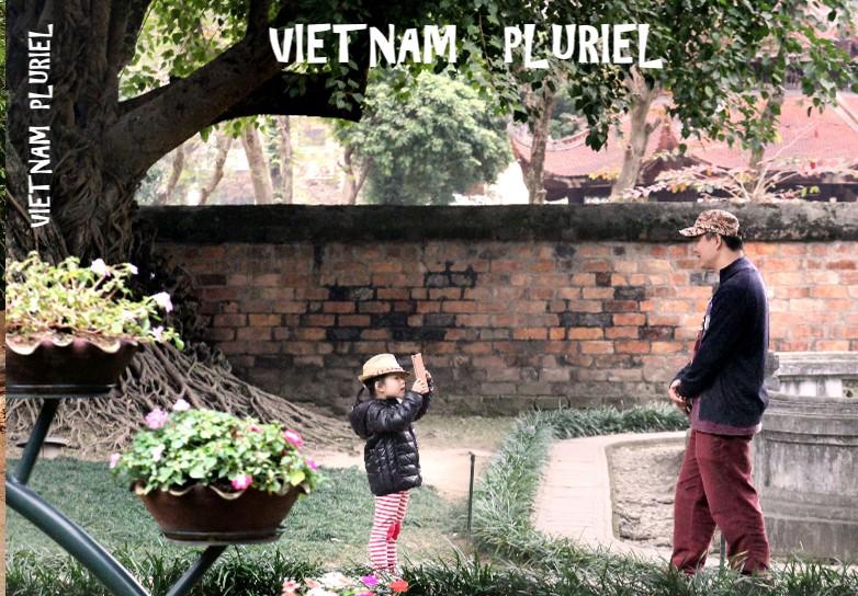 VIETNAM PLURIEL